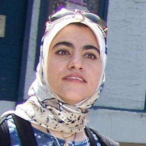 Dijla Al-Rekabi Kensington Calgary 2007-08-25