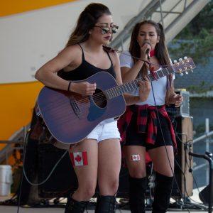 Hannah and Natasha Fisher 2016-07-01