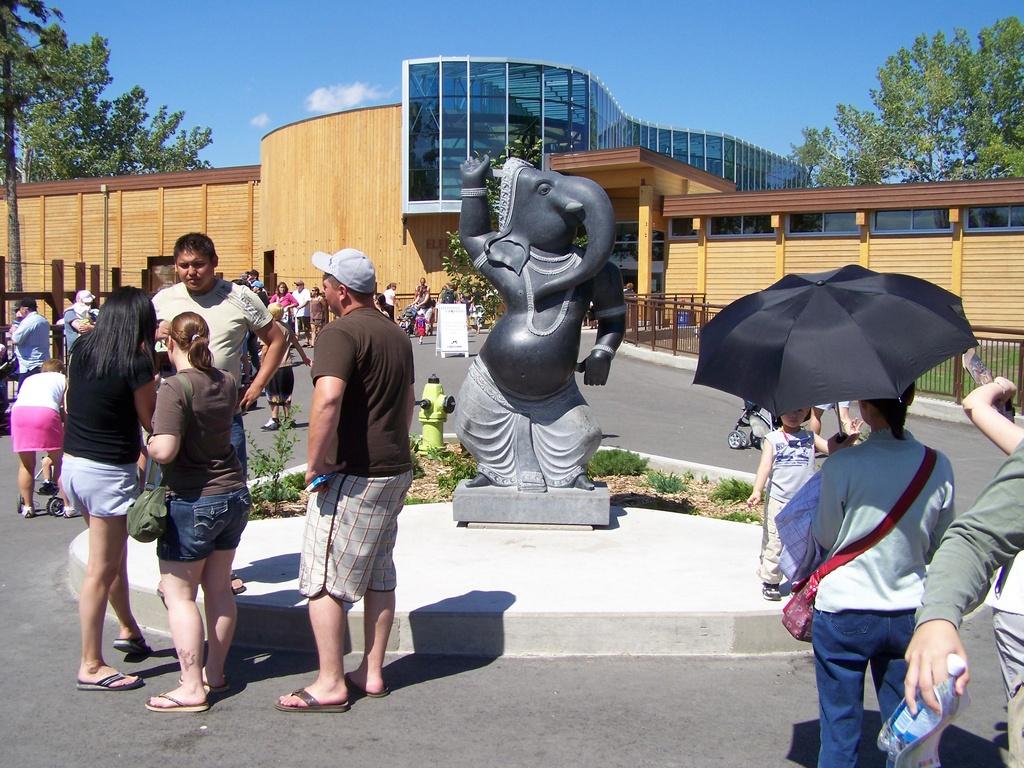 Elephant Statue 1