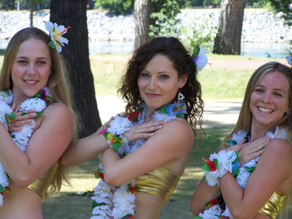 Hawaii Girls 6