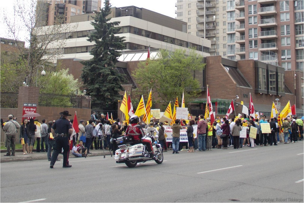 Protest at Chinese Consulate
