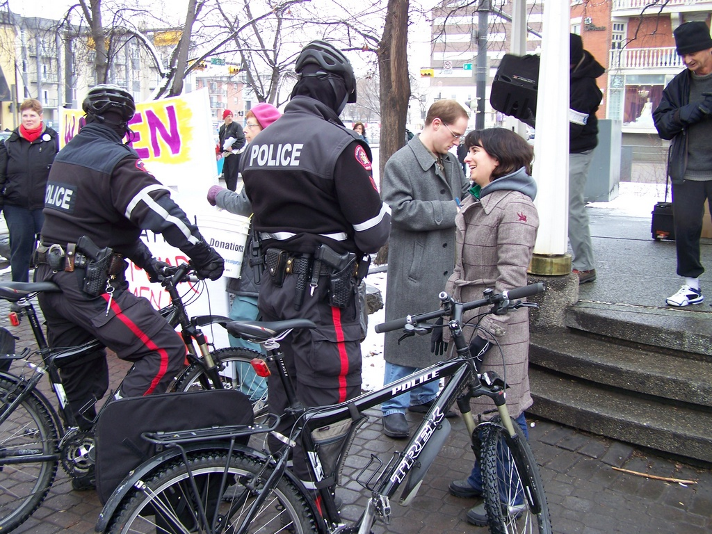 Collette Lemieux chats with police