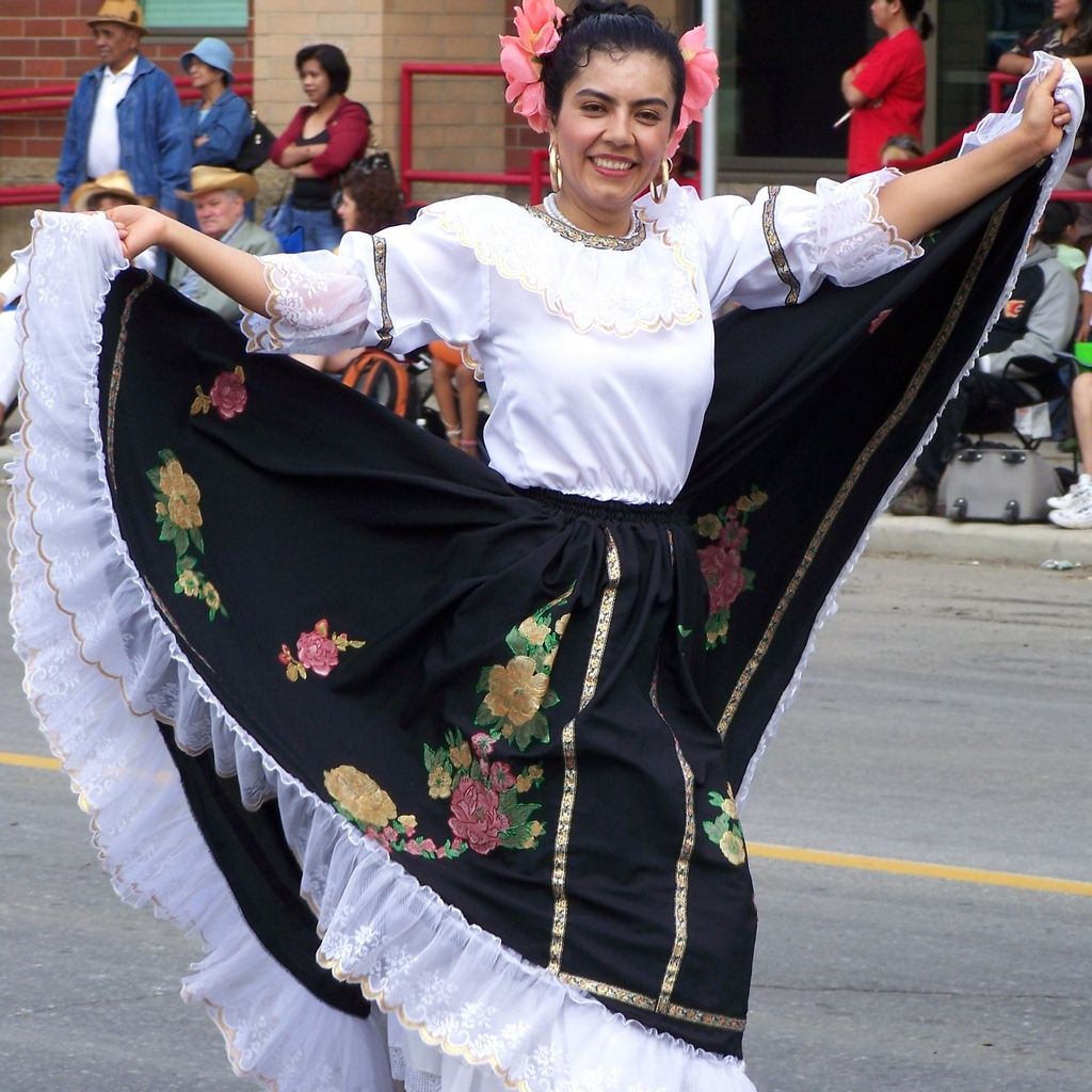 Colombia dress flair