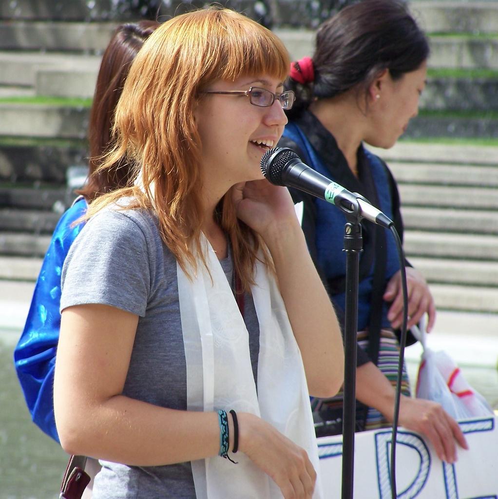 Denise Ogonoski speaks for Tibet