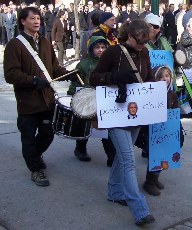 March with drum