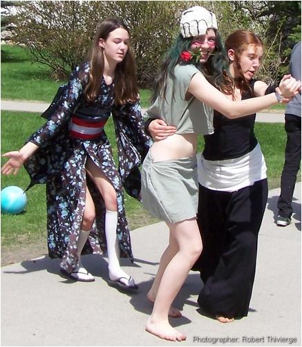 Anime girls do the tango at Otafest 2009