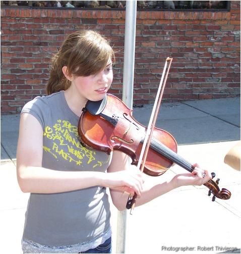 Playing the violin at Lilac
