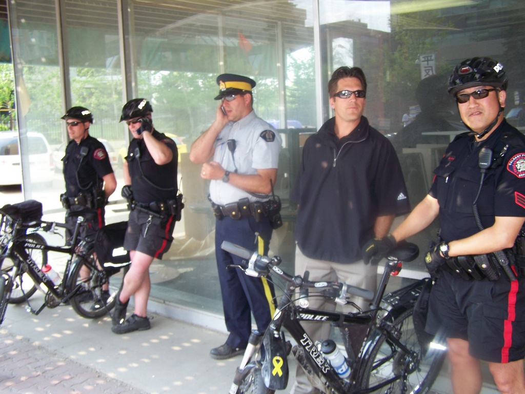 Undercover(?) Cop Harasses Photographer in Calgary
