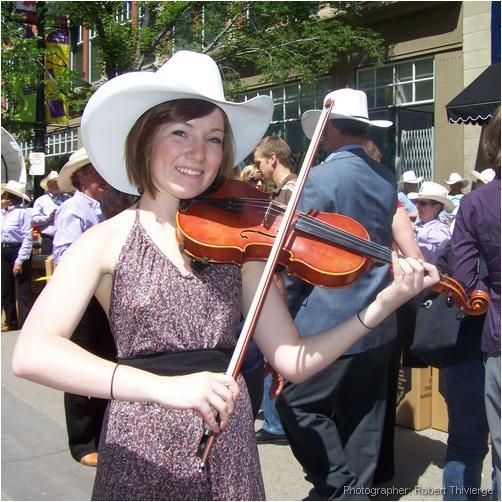 White Hatted Fiddler
