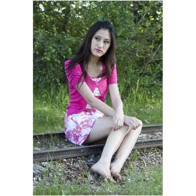 Shayna sits