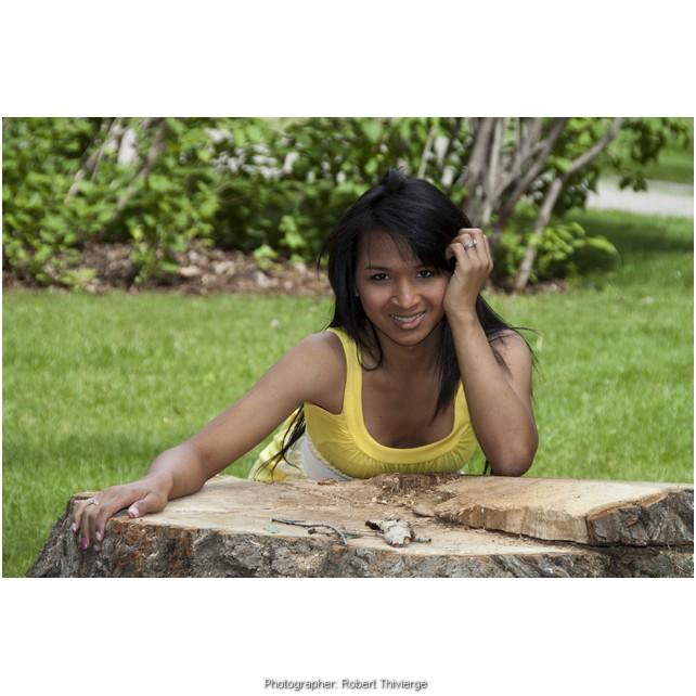 Smile over a stump