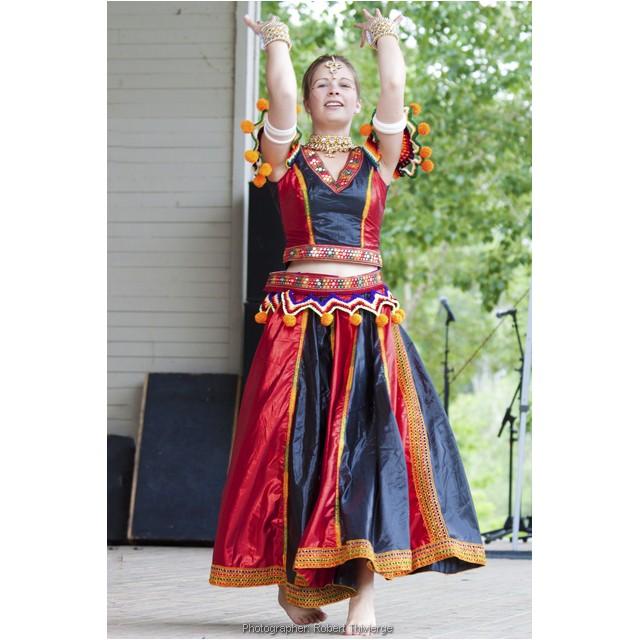 Dancing in full colour