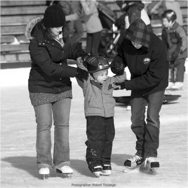 Winterfest skaters