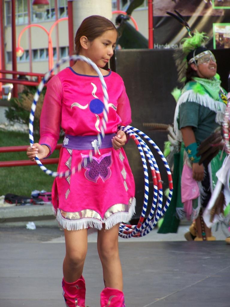 Hoop Dancer 2007-07-14 44