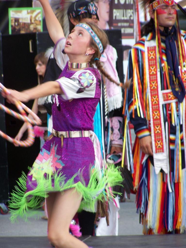 Hoop Dancer 2007-07-14 51
