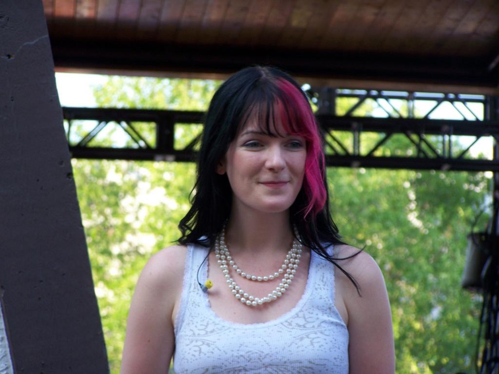 Sheila Carabine 1