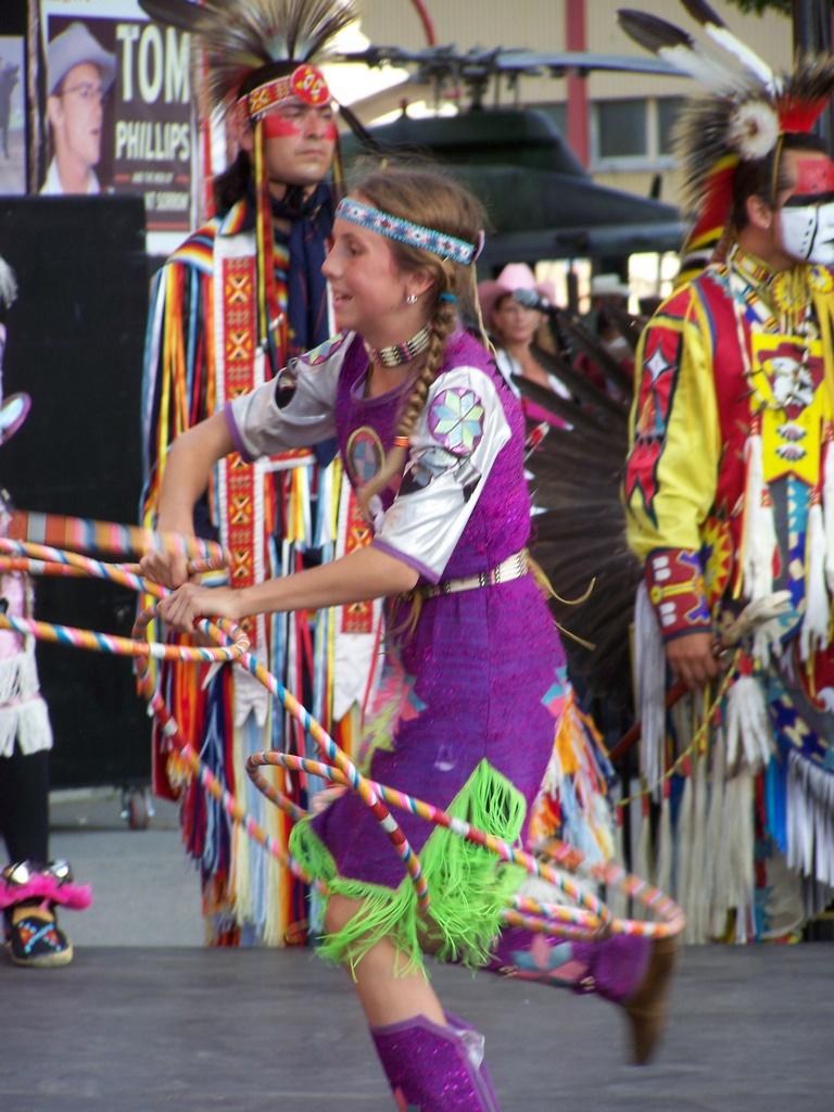 Hoop Dancer 2007-07-14 54